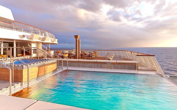 Cruise Leisure Resort