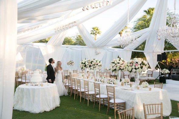 Go All White Wedding Theme