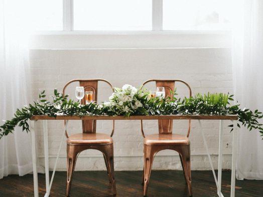 Minimalism On Point Wedding Theme