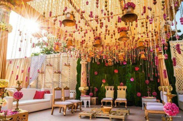 Traditional Gala Wedding Theme